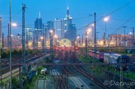 Hauptbahnhof und Skyline, Frankfurt
