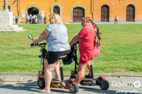 Tourists, Pisa