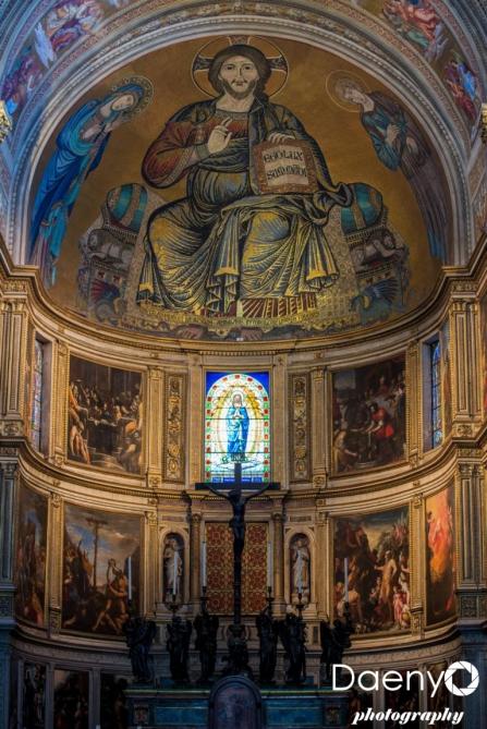 Inside Duomo, Pisa