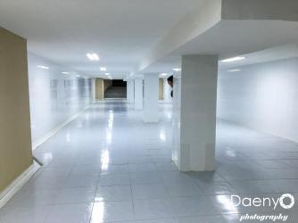 empty passage, Ashgabat