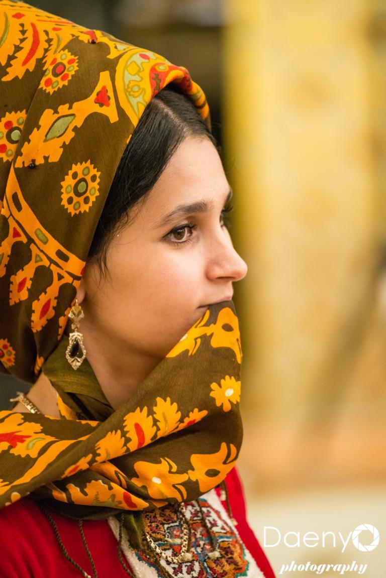 traditional Turkmen woman, Ashgabat