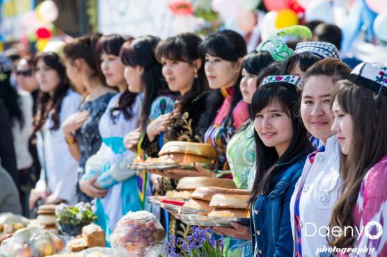 traditional Uzbek women, Samarkand